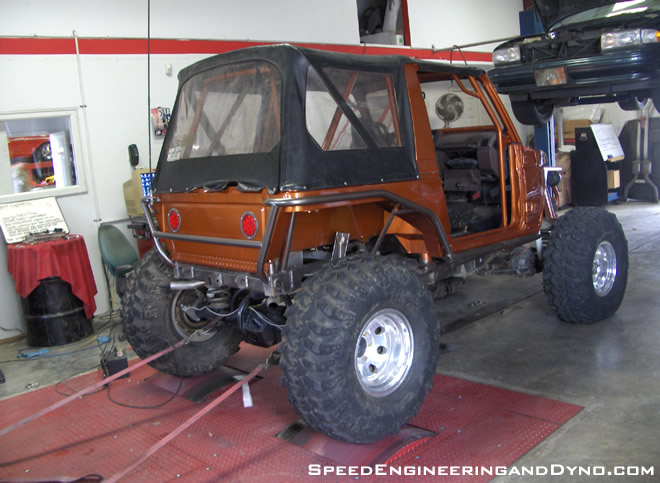 Suzuki Samurai with Chevy Vortec power, Toyota trussed axles, custom bars by Tellico Tubes, triangulated 4 link ...